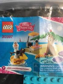 Disney Olaf Lego set