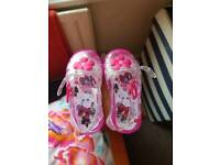 Girls size 5 sandals brand new