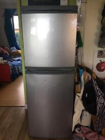 Fridge freezer - lec