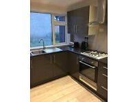 2 Double Bedroom House - with good transport links - Bills included