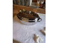 Roasting pan with lid - stainless steel