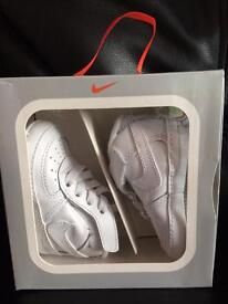 Nike Force Trainers/Gift Pack (size uk 1.5 around 3 months)
