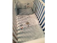 Mamas and papas matching quilt and cot bumper