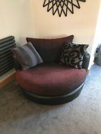 Swivel Snuggle Chair