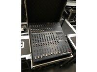 YAMAHA EMX5014C powered mixer + flight case