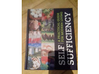 Self Sufficiency: A Practical Guide for Modern Living, Liz Wright