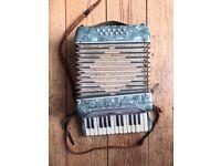 Small Italian Piano Accordion (Pearl Green)