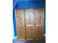 Tripple pine wardrobe
