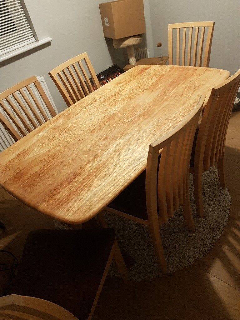 Dining table and chairs | in Totton, Hampshire | Gumtree