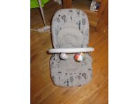 Mamas & Papas - Wave Rocker Baby Bouncer with Vibrate and Music