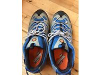 Men's Merrell Continuum Boots size 11 but tight. Would suit size 10 or 10.5.