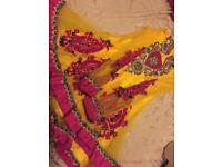 Girls Indian dress age 4/5 £40