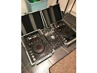 Pioneer CDJ1000 pair with mixer and flight cases
