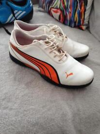 Golf shoes (boys or girls) size 6