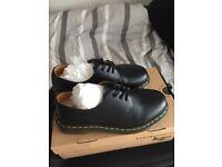 Unisex Dr Martens 1461 Black Smooth Shoes