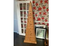 Pyramid shaped chest of drawers