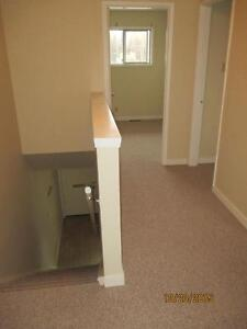A Downtown 3 Bedroom Townhouse Prince George British Columbia image 3