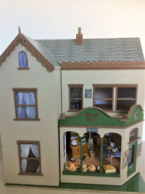 RESTORED 12th SCALE DOLLSHOUSE AND SHOP
