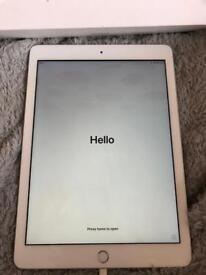 """iPad 9.7"""" 6th gen 32GB"""