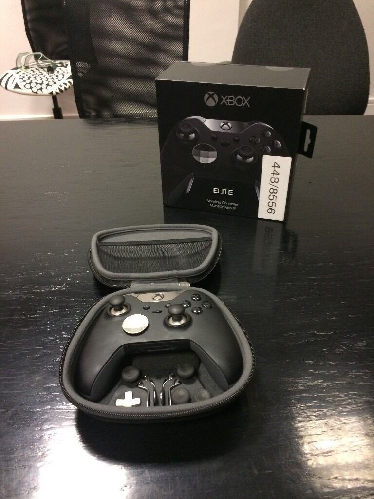 Microsoft Xbox Elite Wireless Controller plus Official Microsoft rechargeable pack - Boxed - As new