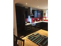 3 single bedroom and 2 double bedroom in modern house close to brixton station