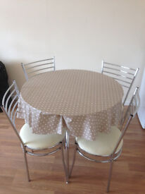 Glass Kitchen Table with 4 chairs - Very Clean fabric
