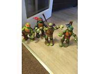 Teenage Mutant Ninja Turtle large figures x4