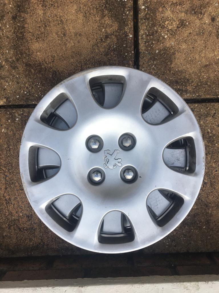Peugeot partner wheel trims