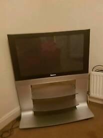 """Panasonic 37"""" TV"""