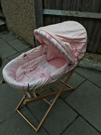 Mamas & Papas Moses Basket with Stand -excellent condition