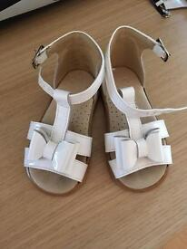 Panyno sandals infant size 5 (21) immaculate