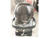 Mamas & Papas Primo Viaggio Car Seat with Base