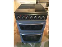 Hotpoint electric cooker ceramic hob less than 6months old like new