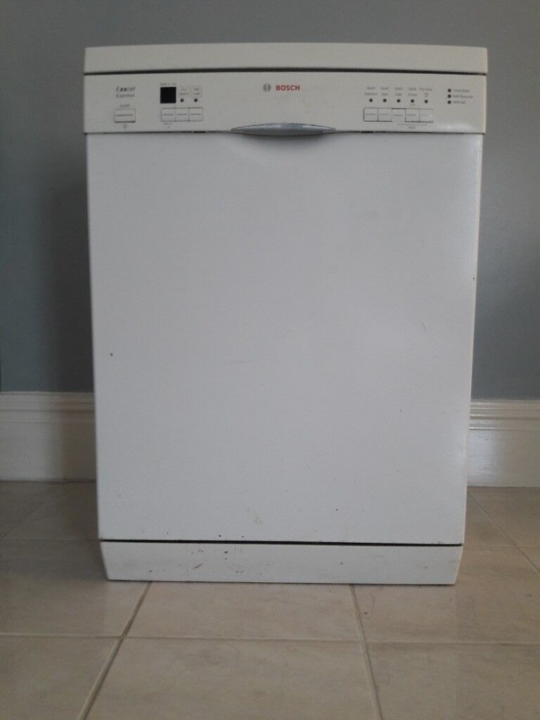 bosch dishwasher  exell express   around 5 years old but