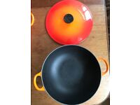 Le-Creuset-Cast-Iron-Shallow-26cm-orange