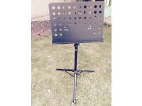 Music stand, black, excellent condition
