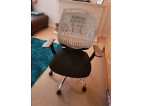 Typist Chair Good condition but Gas lift dont work