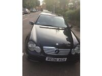 Mercedes Benz 2006, panoramic roof, full leather!! Heated seats!! first to see will buy!