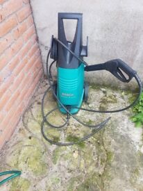 Bosch power pressure washer - For spares/parts or repair only- Powers on but no pressure NOT WORKING
