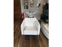 Back wash unit and styling chair