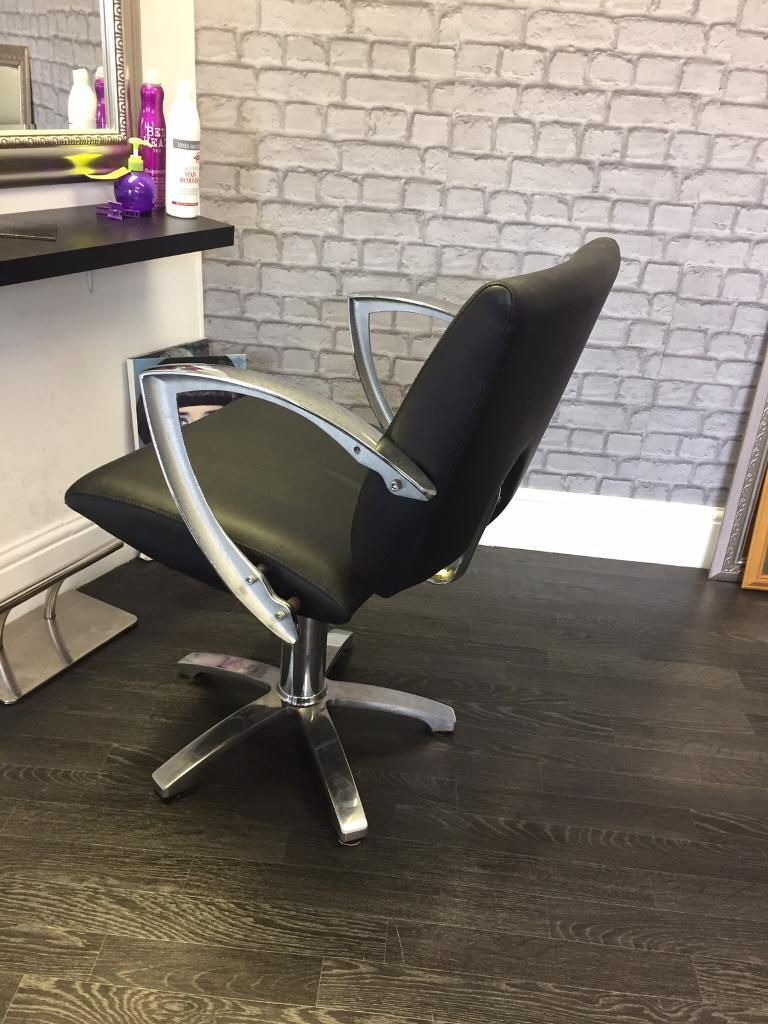 Black hairdressing chair