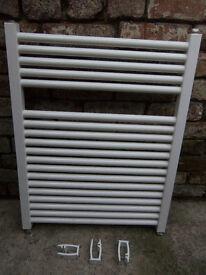 White wall hung radiator W 60cm H 78cm D 3.5cm