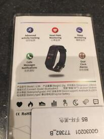 L38i colour heart rate fitness tracker