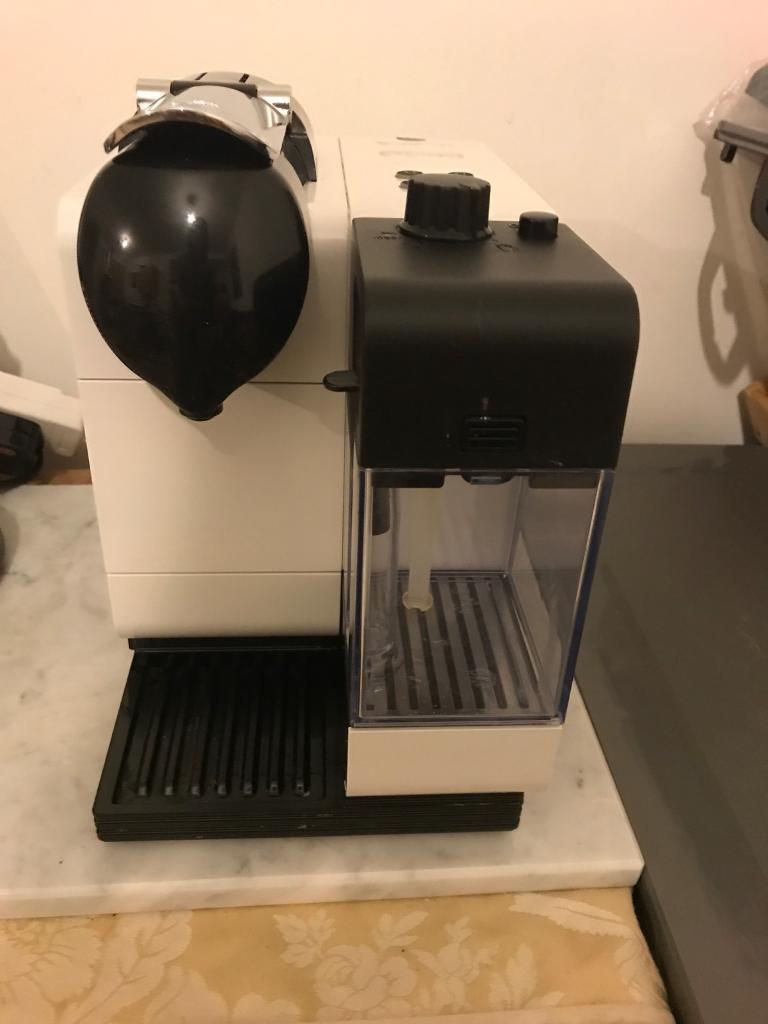 """Nespresso """"Delonghi"""" Coffee Machine"""