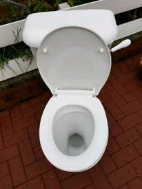 White low flush toilet excellent condition