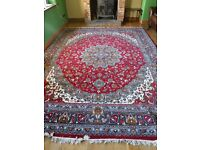 Large Persian-Style Rug 3.9 x 2.9m (Approx 13ft x 9.6ft)