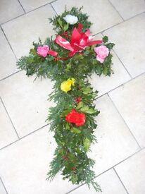 18/20 inch Festive Crosses