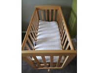 Mama and papa crib