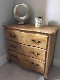 NEVER USED antique style brown 3 drawer chest