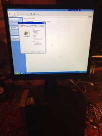 HP Compaq D230MT Tower with Monitor, loaded with XP